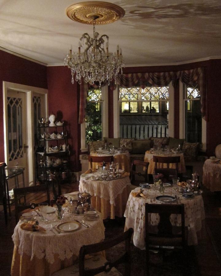 The breakfast room at The Black Walnut Inn in Asheville, N.C.