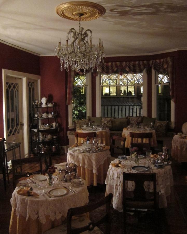 The breakfast room at The Black Walnut Inn in Asheville, N.C.
