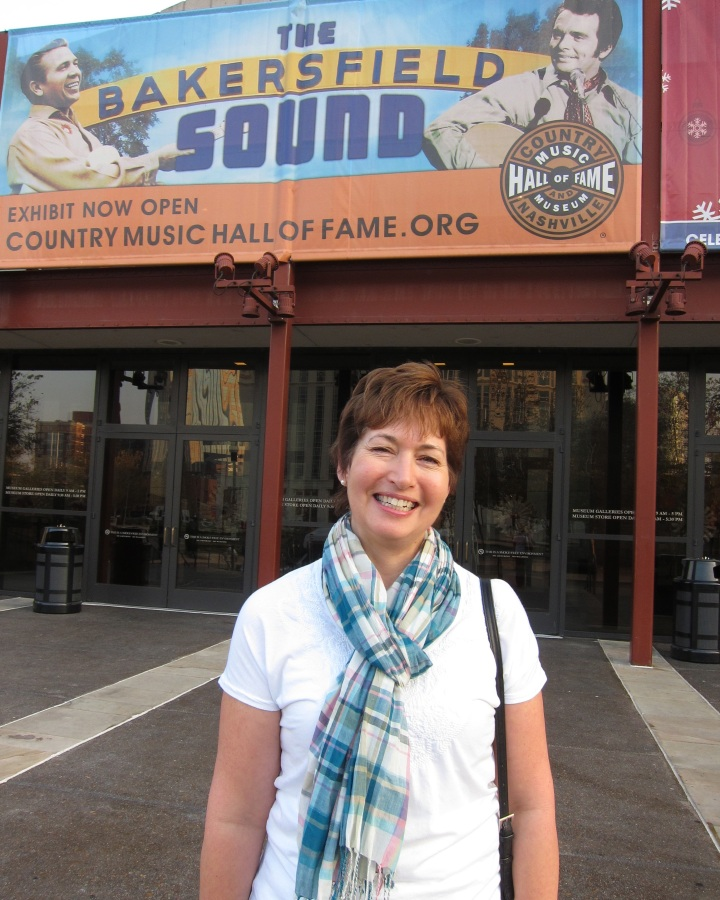Heidi at the Country Music Hall of Fame