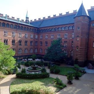 Courtyard @Københavns Rådhus
